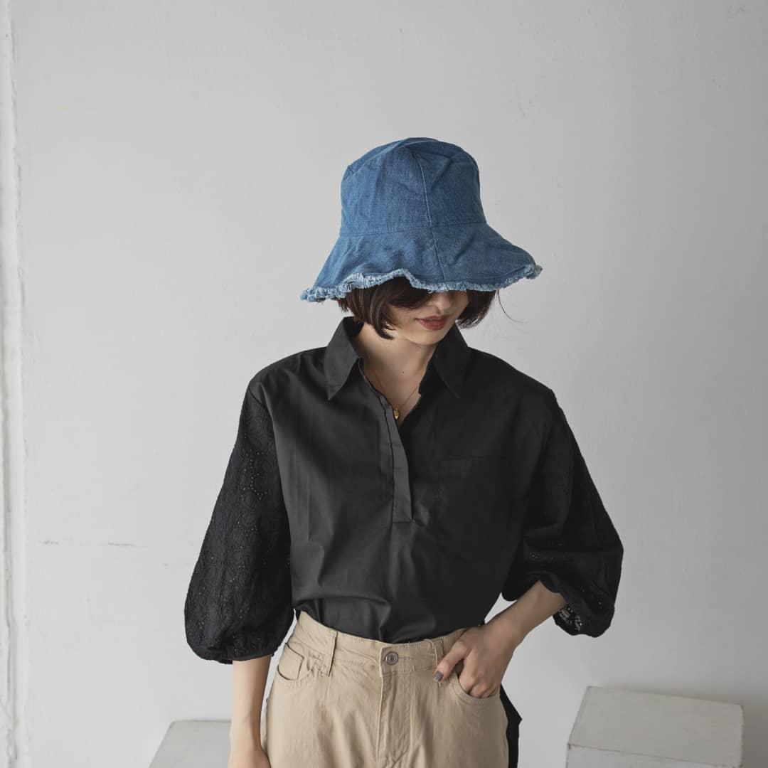 ▷lace sleeve BL¥5,900+taxwhite/black#kariandlili#kari#カウリアンドリィリィ#カウリ#韓国コーデ#韓国ファッション#ブラウス#ブラウスコーデ#ブラウススタイル#大人コーデ#大人スタイル#大人ファッション#fashion#wear#レースブラウス