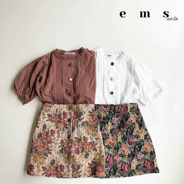 贅沢な花柄スカートはブラウスと相性♀️------------------------------------🏷EF9S0231B0059ゴブラン台形スカート¥2,500+tax@emsexciteをタグ付けでコーデや購入品を見せてね※タグ付けしてくれるとお知らせが来るので見つけやすいです^ ^いつも楽しみにしています#emsexcite #エムズエキサイト#ems #エムズ#emsexcite好きと繋がりたい #お洒落さんと繋がりたい #プチプラ #プチプラコーデ #おしゃれさんと繋がりたい #スタイリスト  #雑誌 #モデル #撮影 #可愛い #ピンク #大人ガーリー #大人カジュアル #着まわしコーデ #レース #フリル #秋コーデ #ニット #autumn #ファッション #fashion