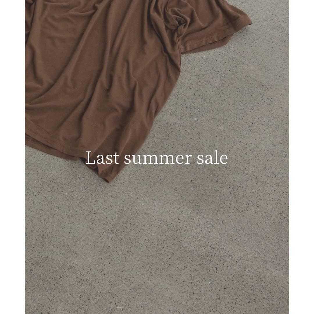 夏物最終お値下げ行っております!夏物はもちろん、これからの時期着用頂ける秋冬アイテムも50%OFF以上でたくさんご用意しております!ぜひご利用ください◎#kariandlili #kari#カウリ#カウリアンドリィリィ #韓国ファッション#高見え#高見えファッション#sale#lastsummersale
