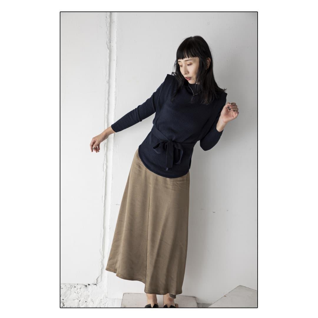 ▷layered knit tops¥9,790⇒¥3,806(タイムセール61%OFF)2ピースのセットアイテム。同色でシンプルながらもお洒落感の増すデザインとなっております。スカートスタイルにもパンツスタイルにも。#kariandlili#kari#カウリアンドリィリィ#カウリ#ニット#レイヤード#秋コーデ#秋スタイル#ニットレイヤード#大人コーデ#大人スタイル#ニットコーデ#レイヤードスタイル