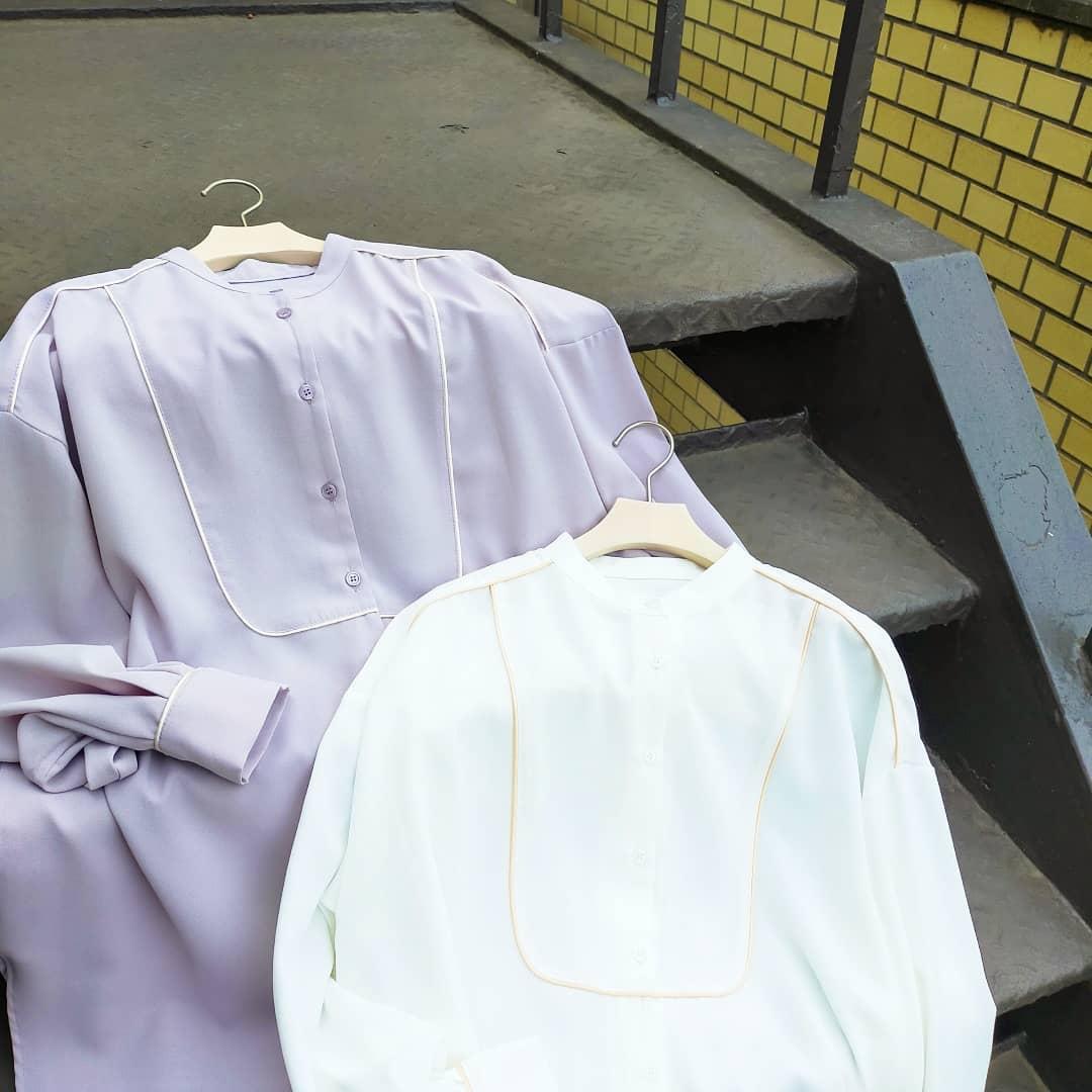 バイピングブザムロングシャツWhite/Purple¥4,500+taxオンライン,店舗入荷済み。ブザム部分にはバイピングが入り、一味違う印象的なブラウスに。パンツにもスカートにも合わせやすいアイテムです!#kivi_official#キヴィ#kivi#大人ファッション#大人カジュアル#ootd#kivi_ootd#シャツコーデ#ロングシャツ#パイピング#パイピングブラウズ#パイピングシャツ#20代コーデ#30代コーデ#大人コーデ#fashion#wear#オンオフ#ニューノーマル