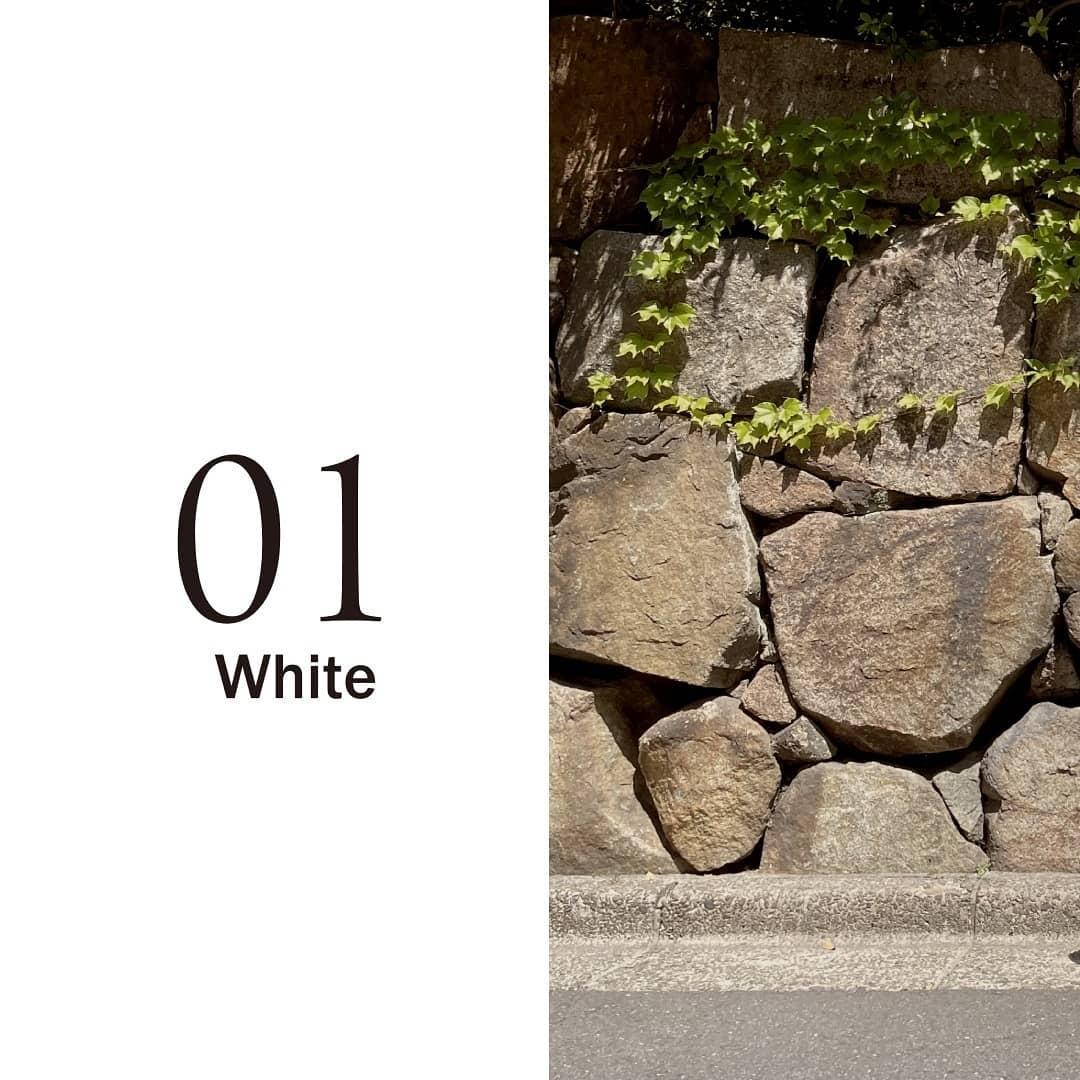 【PRE ORDER】ティアードノースリーブマキシワンピBlack/White/Blue/Green/Gray¥4,900+tax今年の夏大本命、大人可愛いワンピースができました!!ZOZOTOWN、RETROGIRL ONLINEにてご予約受付中!01.white定番の人気カラー何色か迷ったらまずはホワイト。どんなお色にも合わせやすく間違いが少ないカラー!透け感が気になる方はペチコートなどをお使い頂くか、デニムなどのパンツ合わせもお洒落!ガーリーにもカジュアルにも◎#kivi_official#キヴィ#kivi#大人ファッション#大人カジュアル#ティアードワンピース#ティアードワンピ#マキシワンピ#ノースリワンピース#ティアードノースリワンピ#大人ガーリー#大人ワンピ#ワンピコーデ#ワンピスタイル#ootd#kivi_ootd#fashion#wear#オンオフ#ニューノーマル
