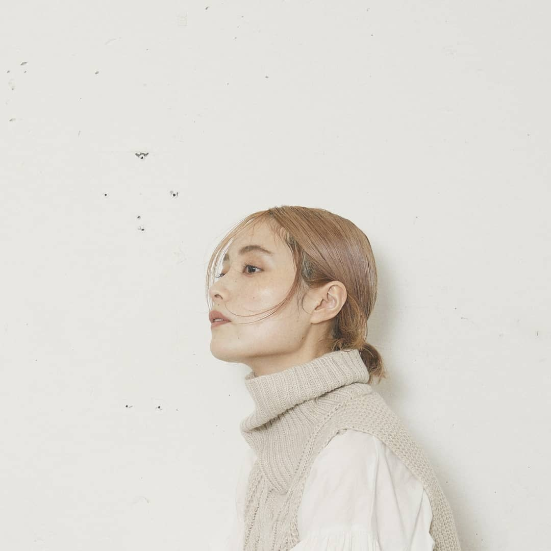 【2021 kiviAW COLLECTION】New Vintage.−−−−−−−−−−−−−−−−−−−−−−−フリンジニットベスト¥3,500+taxwhite/black/browncomming soon..ボリューム袖ブラウス¥4,500+taxcamel/white/black入荷済み。#kivi_official#キヴィ#kivi2021_aw#kivi2021_aw#大人ファッション#大人カジュアル#フリンジ#フリンジベスト#ブラウス#袖ボリューム#ボリュームブラウス#ベスト#ハイネックベスト#ベストコーデ#ベストスタイル#ootd#kivi_ootd#秋コーデ#秋スタイル#20代コーデ#30代コーデ#大人コーディネート#fashion#wear#オンオフ#ニューノーマル