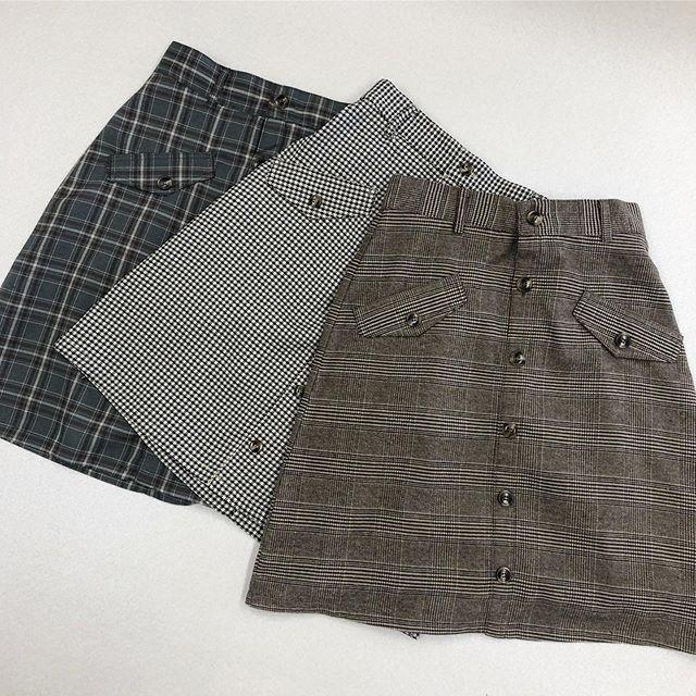 .【new arrival】.🏷RF9P0131C005チェックミディSK▷¥2,300+tax(店舗入荷中).∥color∥charcoal / gray / brown..#retrogirl#newarrival#fashion#Autumn#skirt#レトロガール#カジュアル#カジュアルアイテム#プチプラ#プチプラアイテム#プチプラファッション#プチプラコーデ#ミディスカート#チェック柄スカート