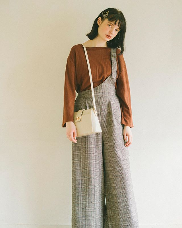 .【Recommended styling】.🏷RF941511C003 Bリボンニットソー▷¥2,500+tax.🏷RF980032C005T/Rワンショルサロペット▷¥3,900+tax.🏷RF9S0143C001アンティークショルダー▷¥2,900+tax..#retrogirl#newarrival#fashion#autumn#レトロガール#カジュアル#カジュアルアイテム#プチプラ#プチプラアイテム#プチプラファッション#プチプラコーデ