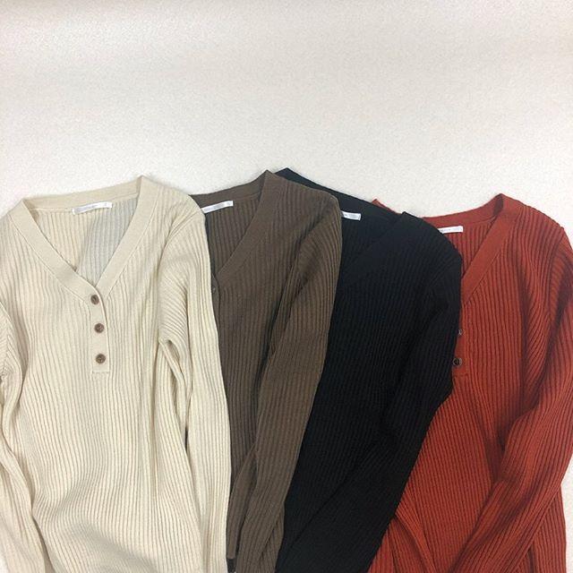 .【new arrival】.🏷RF937512C004 ヘンリーNリブニット▷¥1,900+tax(店舗入荷中).∥color∥ivory / brown / black / red..#retrogirl#newarrival#fashion#Autumn#knit#レトロガール#カジュアル#カジュアルアイテム#プチプラ#プチプラアイテム#プチプラファッション#プチプラコーデ#ヘンリーネックニット#リブニット