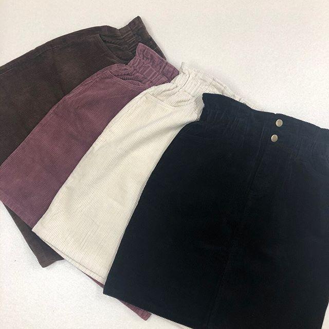 .【new arrival】.🏷RF980031C006 8コールミディSK▷¥2,300+tax(店舗入荷中).∥color∥brown / purple / ivory / black.モデル:157cm..#retrogirl#newarrival#fashion#Autumn#corduroyskirt#レトロガール#カジュアル#カジュアルアイテム#プチプラ#プチプラアイテム#プチプラファッション#プチプラコーデ#コーデュロイスカート#ミディスカート