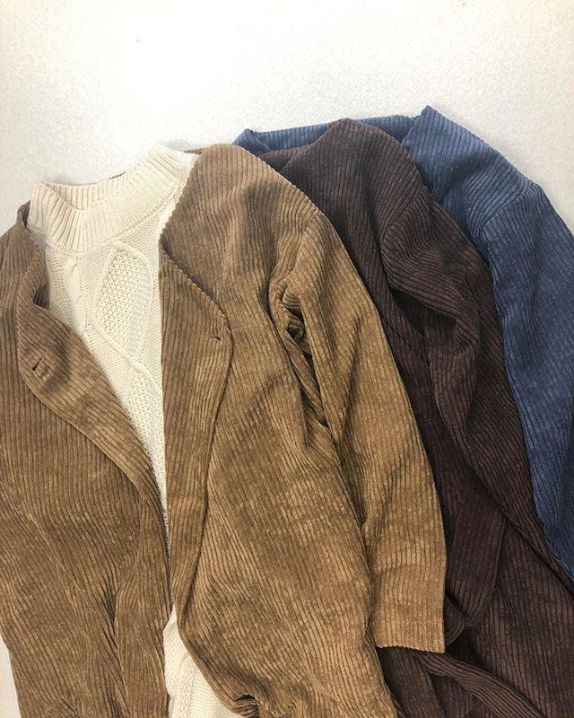 .【new arrival】.🏷RW9348321C004 カルコールガウン▷¥4,900+tax(店舗入荷中).∥color∥camel / brown / blue.モデル:157cm..#retrogirl#newarrival#fashion#Autumn#gown#レトロガール#カジュアル#カジュアルアイテム#プチプラ#プチプラアイテム#プチプラファッション#プチプラコーデ#ガウン