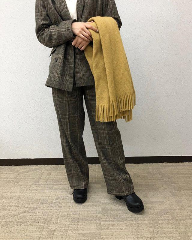 .【new arrival】.🏷RW9P0132D001 FウールセンタープレスPT▷¥2,900+tax(店舗入荷中).∥color∥check / herringbone.モデル:157cm..#retrogirl#newarrival#fashion#winter#pants#レトロガール#カジュアル#カジュアルアイテム#プチプラ#プチプラアイテム#プチプラファッション#プチプラコーデ#センタープレスパンツ#チェックパンツ#センタープレスチェックパンツ