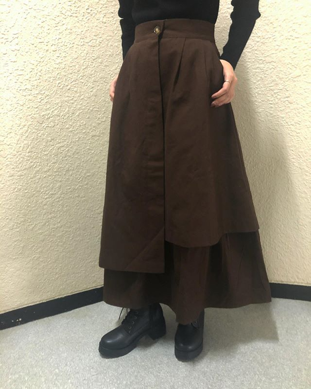 .【new arrival】.🏷RW956231D001 アシメコットンSK▷¥3,500+tax(店舗入荷中)..∥color∥brown / camel / black..#retrogirl#newarrival#fashion#winter#designskirt#レトロガール#カジュアル#カジュアルアイテム#プチプラ#プチプラアイテム#プチプラファッション#プチプラコーデ#デザインスカート#アシメスカート#コットンスカート