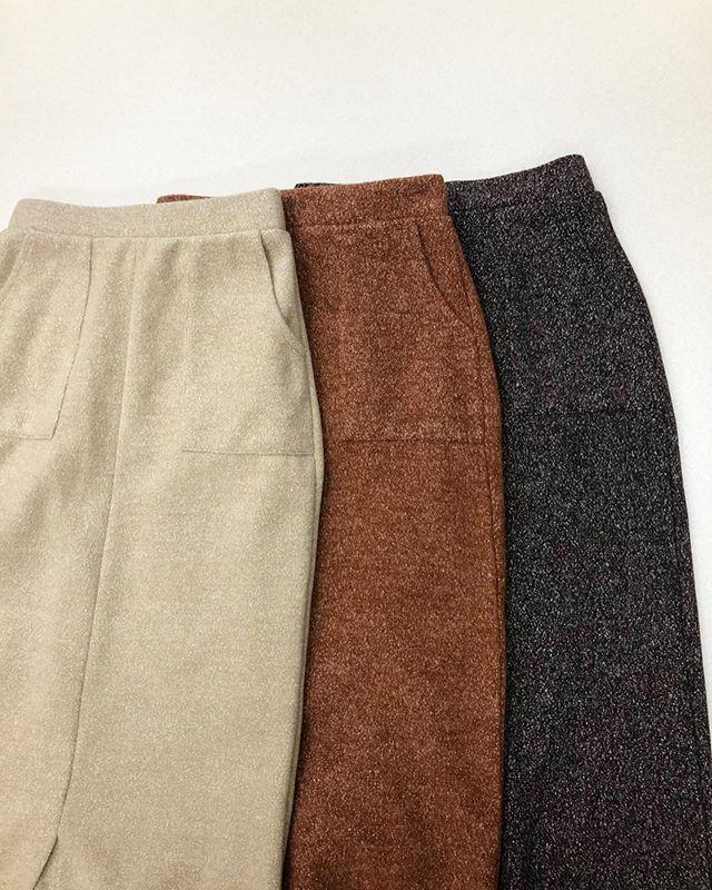 .【price down】.🏷RW954031D001 ウールライクナローSK▷¥2,900+tax → ¥1,900+tax(店舗入荷中).∥color∥beige / orange / brown.モデル:157cm..#retrogirl#newarrival#fashion#winter#skirt#レトロガール#カジュアル#カジュアルアイテム#プチプラ#プチプラアイテム#プチプラファッション#プチプラコーデ#ナロースカート#ナロースカートコーデ#ウールスカート
