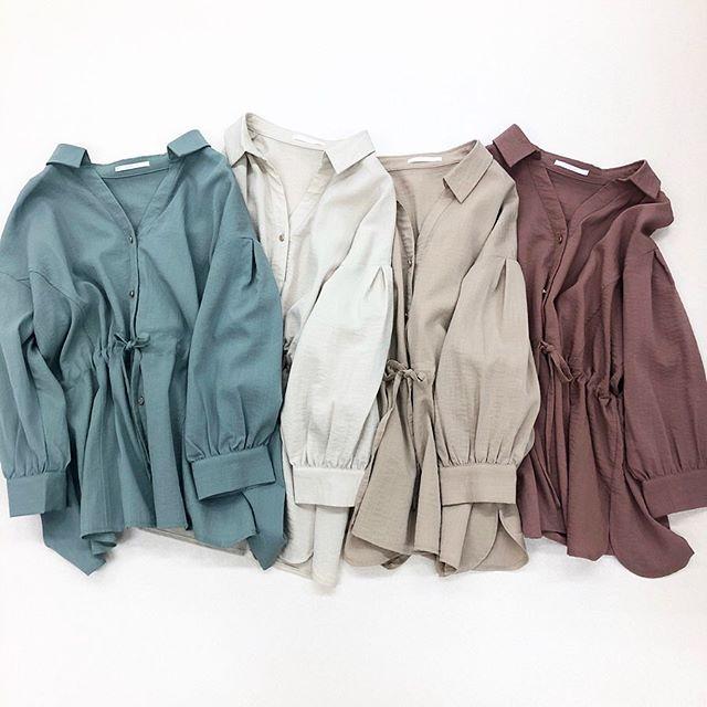 .【recommend item】.🏷RP080023A001 スキッパードロストSH▷¥2,900+tax(店舗入荷中).∥color∥green / white / beige / L-purple..#retrogirl#newarrival#fashion#springfashion#レトロガール#カジュアル#カジュアルアイテム#プチプラ#プチプラアイテム#プチプラファッション#プチプラコーデ#ドロストシャツ#ドロストシャツコーデ#スキッパーシャツ
