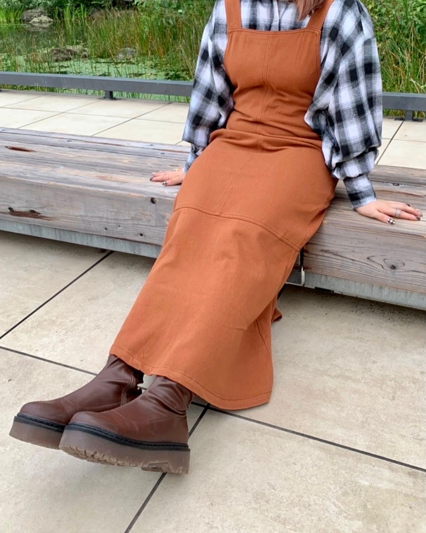 【New arrival】🏷 RF137522B002  マーメイドジャンスカワンピース▷¥4,290(税込)(店舗入荷中.オンライン近日入荷) ∥color∥ orange / beige / black#retrogirl_ootd#レトロガール#レトロガールコーデ#トレンドファッション#プチプラコーデ#秋カラー #秋コーデ #2021aw#マーメイドスカート #マーメイドワンピース
